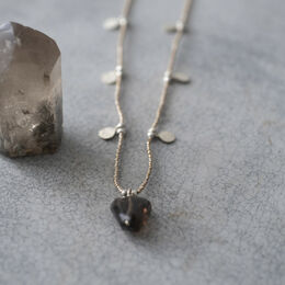 A BEAUTIFUL STORY Charming Smokey Quartz Necklace