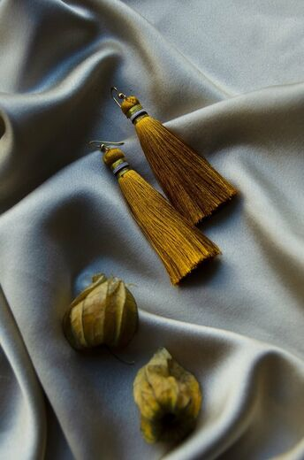 AIDA IMPACT tassel earrings okra