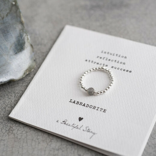 A BEAUTIFUL STORY Sparkle Labradorite Ring