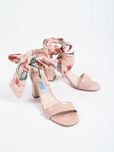 APAIR Ribbon Sandal