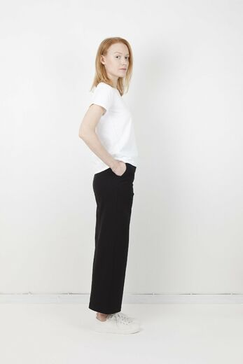 ARELA Hadley Trousers